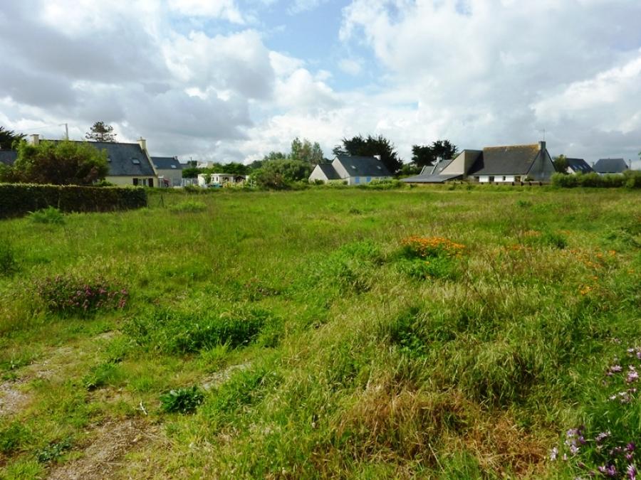 Santec le dossen terrain constructible de 2450 m2 300 for Prix du m2 non constructible