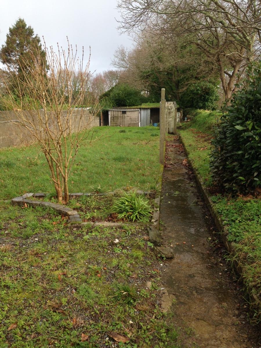 A vendre le relecq kerhuon maison de ville avec jardin for Entretien jardin le relecq kerhuon