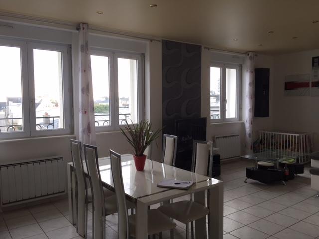 A vendre brest rive droite bel appartement r nov avec for Agence immobiliere brest