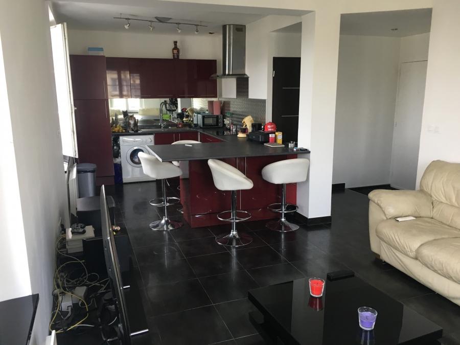 A vendre le guelmeur appartement de type 2 refait a for Agence immobiliere appartement neuf